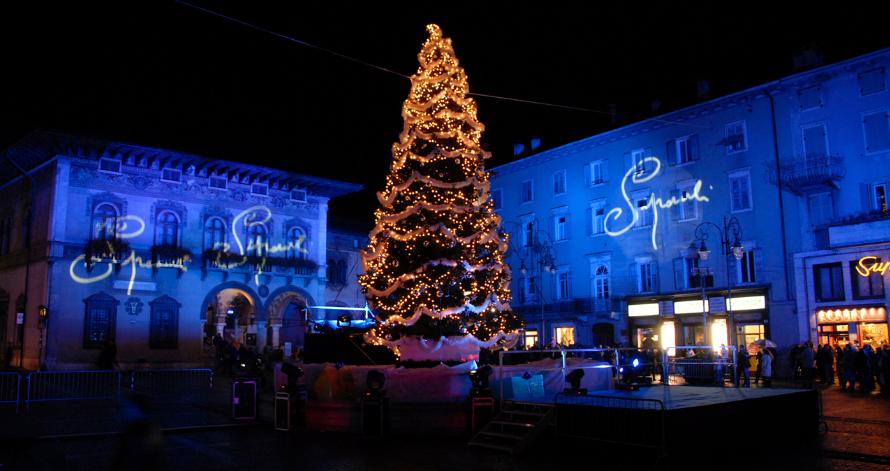 Immagini Mercatini Di Natale Trento.Mercatini Di Natale Trento E Rovereto 15 17 Dicembre 2017