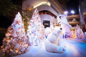 Bangkok si illumina per festeggiare il Natale