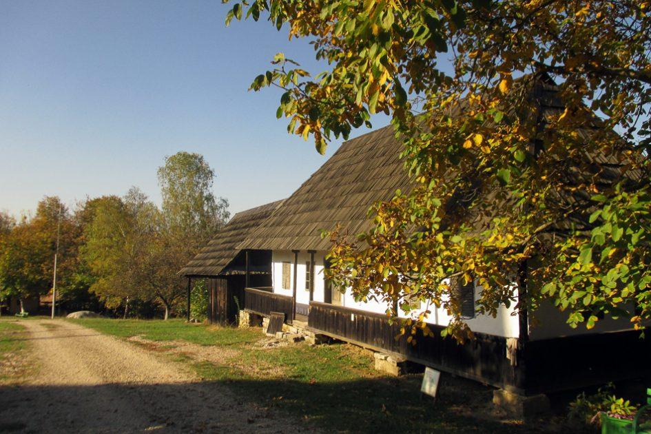 Cluj Napoca, panorama d'autunno in Romania, le migliori destinazioni europee da visitare in autunno