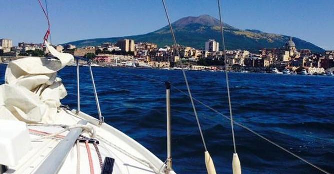 Barca a vela per single costiera amalfitana e isole pontine