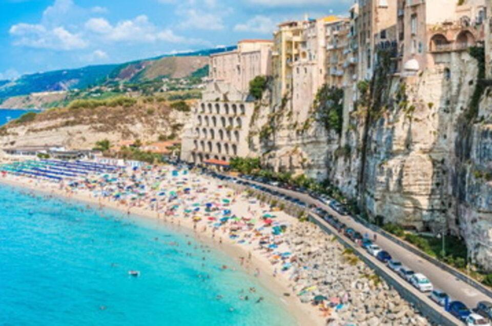 """""""C'è una grandissima richiesta da parte delle famiglie italiane di case in affitto per la prossima estate""""."""